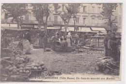 Carcassonne Ville Basse Tres Animée Marché Aux Herbes Legumes Vendeurs Ambulant - Carcassonne