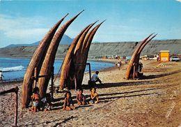 ¤¤  -  CHILI   -  HUANCHACO  - Trujillo Caballitos De Totora En La Playa   -  ¤¤ - Pérou
