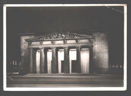 Berlin Bei Nacht - Ehrenmal Unter Den Linden - Original-Photo - Mitte