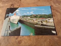 236/ Ecluse De Miraflores Canal De Panama - Panama