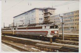 Photographie - Train - Locomotive - Bruxelles-Midi - Hle SNCF 40110 NICE Et 40109 CANNES  - 3F - Trains