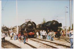 Photographie - Train - Locomotive - Luxembourg - Parrallèle Vennbahn 50 3666 - SNCF 141R568 Et CFL 5519 - N° 2T - Trains