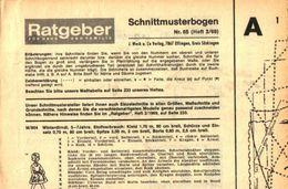 Schnittmusterbogen 65 /entnommen Aus Ratgeber Fuer Haus Und Familie /Datum Unbekannt - Books, Magazines, Comics