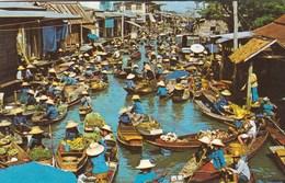 BANGKOK - FLOATING MARKET AT WAT TRI IN DHANBURI - Thailand