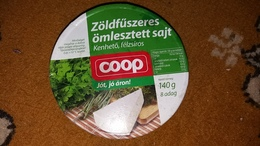 Cheese Queso Kase Label Etikette Etiqueta Hungary Coop Herbal Box (damaged A Bit) - Quesos