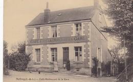 METTRAY  - Café Restaurant De La Gare . Belle Carte Animée. - Mettray