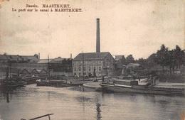 Maastricht    Bassin   Le Port Sur Le Canal A Maestricht   Binnenschip Boot Fabriek   I 3103 - Maastricht