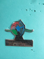 Pins Tir à L' Arc , 40èmes Championnats Du Monde , Pays De VOLVIC 1999 - Tiro Con L'Arco