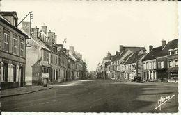 CHATEAUNEUF-EN-THIMERAIS -- Place Saint-Clair -- - Frankreich