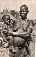 GUINEE - Femme Et Enfant Bassari - Seins Nus     (103829) - Guinée
