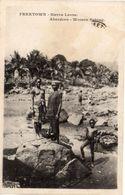 FREETOWN - Sierra Léone - Aberdeen - Women Fishing  - Seins Nus   (103837) - Sierra Leone
