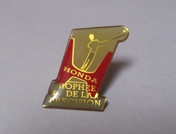 Pin's Golf - Automobile / Honda - Trophée De La Précision (époxy) - Honda