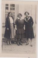 Carte Photo,yvelines, Montigny En 1932,3 Jeunes Soeurs Du Village,tenue Et Mode Vestimentaire D'époque - Montigny Le Bretonneux