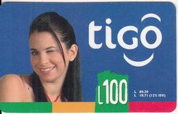 HONDURAS - Girl, TIGO Prepaid Card L100, Exp.date 12/06, Used - Honduras