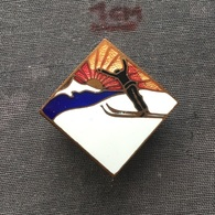 Badge (Pin) ZN006719 - Skiing / Ski Jumping - Winter Sports