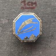 Badge (Pin) ZN006720 - Skiing / Ski Jumping - Winter Sports