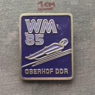 Badge (Pin) ZN006724 - Luge (Rennrodeln) Germany Oberhof World Championships 1985 - Winter Sports
