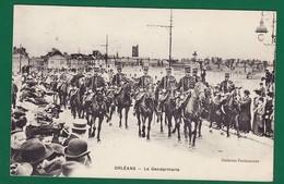 ORLEANS 1907 La Gendarmerie Passe : Très Très Bon état : +3507) - Orleans