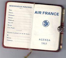 AGENDA EN MOLESKINE AIR FRANCE 1957 AVEC CRAYON-FERMOIR REPRESENTE UN CHEVAL AILE-ECRIT IRREGULIEREMENT JUSQU4AU 9.01 - Non Classificati
