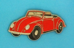 1 PIN'S //   ** VOLKSWAGEN ** COCCINELLE / COX / CABRIOLET ** . (Qualité Collectors Tirage - 500 © QUÉBEC) - Volkswagen