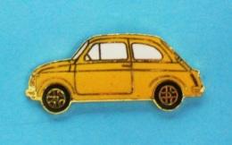 1 PIN'S //   ** FIAT 500 ** JAUNE ** 1957 ** - Fiat