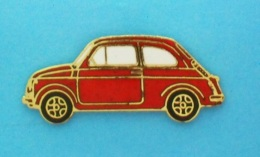 1 PIN'S //   ** FIAT 500 ** ROUGE ** 1957 ** - Fiat