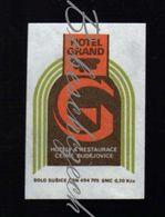 68-172 CZECHOSLOVAKIA 1990 Ceske Budejovice Budweis Hotels And Restaurants - Hotel Grand - Matchbox Labels