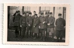 PHOTO DE MILITAIRE S DU 13EME REGIMENT 13 EME / 11X7CM ENV CPA1530 - Guerre, Militaire
