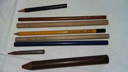 Suze, Conté, Marquise, Et Un Porte Crayon - Optics