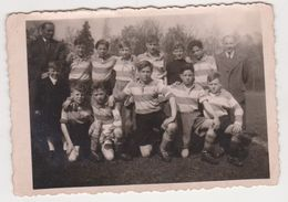 26478 Six 6 Photo Nederland Flandre Belgique -VOETBAL Periode -football -sans Doute Vers 1946 - Sports