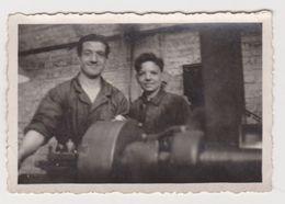 26479 Quatre 4 Photo Nederland Flandre Belgique -1er Werk Premier Travail Ouvrier Work-1945 - Métiers