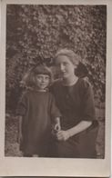 Photo-Carte Postale/Adolescente Et Fillette/1921       PHOTN357 - Places
