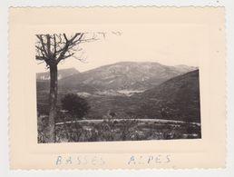 26488 Quatre Photo -Belgique France - Années 1960 - Basses Alpes - Lieux