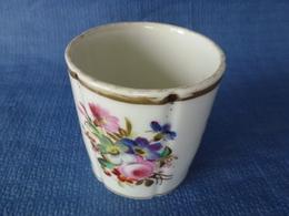 Pot En Porcelaine XIX è Siècle - Ceramics & Pottery