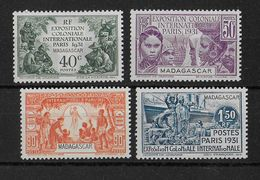 MADAGASCAR - YVERT N° 179/182 * - COTE = 14.5 EUROS -  CHARNIERE PROPRE - Madagascar (1889-1960)