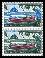 ** N°1644a, Martinique, Bleu Omis Tenant à Normal. TTB   Qualité: **   Cote: 230 Euros - Plaatfouten En Curiosa