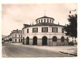 Ambert - Postes Et Boulevard Henri IV -  CPSM ° - Ambert