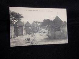 Guinée Française . Les Cases D' Une Famille Coniagui .Voir 2 Scans . - Französisch-Guinea