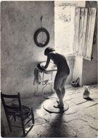 Willy RONIS - Le Nu Provençal (1949)Femme Nue Faisant Sa Toilette  (103853) - Photographs