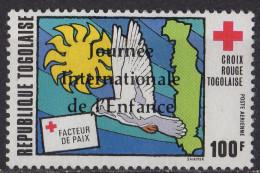 TOGO - Journée Internationale De L'enfance Poste Aérienne - Togo (1960-...)