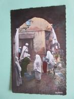 Alger. Fontaine De La Rue N'Fissah. La Cigogne 10.230 - Alger