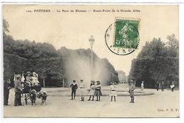 POITIERS - Le Parc De Blossac - Rond-Point De La Grande Allée - Attelage De Chèvres - France