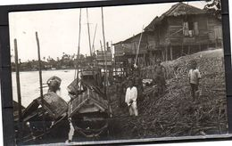 VERY Sharp Photo Card Ships Huts And People  ± 1920  (si4-52) - Singapore