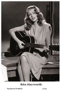 RITA HAYWORTH - Film Star Pin Up PHOTO POSTCARD - 7-741 Swiftsure Postcard - Unclassified