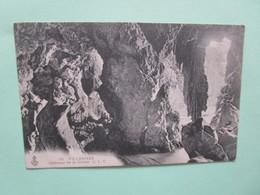 Villennes. Interieur De La Grotte. CLC 19 Postmarked (circa) 1909 - Villennes-sur-Seine