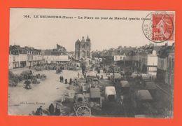 ET/169 LE NEUBOURG LA PLACE UN JOUR DE MARCHE PARTIE OUEST / Timbre Poste écrite - Le Neubourg