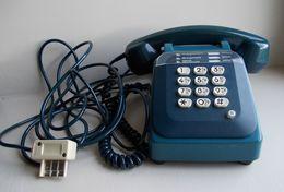 Téléphone Ancien SOCOTEL S 63 Bleu, à Touches. - Telephony