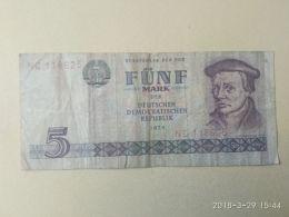 5 Mark 1975 - 5 Mark