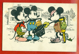 THREE MICKEY MOUSE VINTAGE POSTCARD 1811 - Ansichtskarten