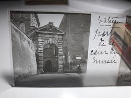 171 - Plaque De Verre - Italie - Rome - Vatican: Porte De La Cour Du Musé - Glasplaten